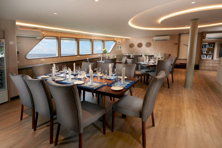 Dive Gaia - Gaia Love- Luxury Liveaboard restaurant